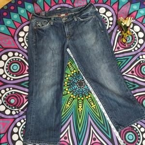 LUCKY BRAND crop Jean's size 8